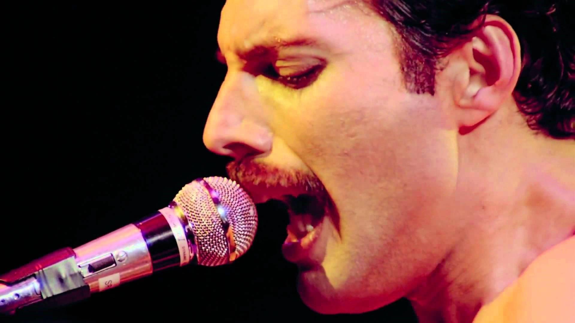 Freddie Mercury 9
