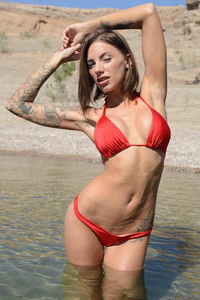Juelz Ventura Red Bikini Pictures