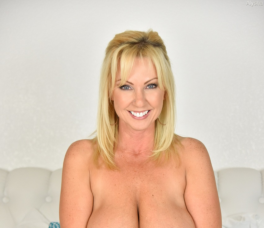 Naughty Alysha Nude