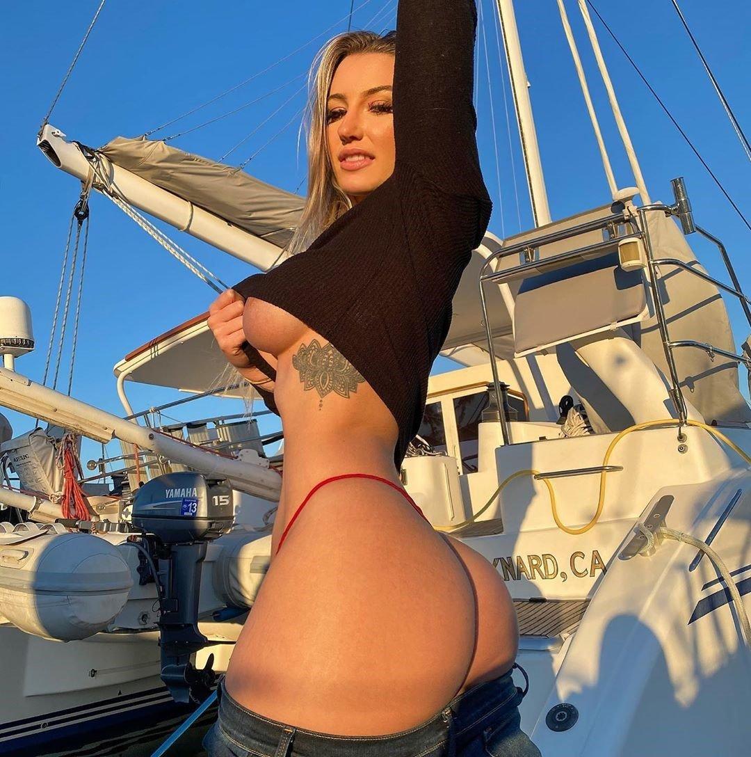Emily Knight 30