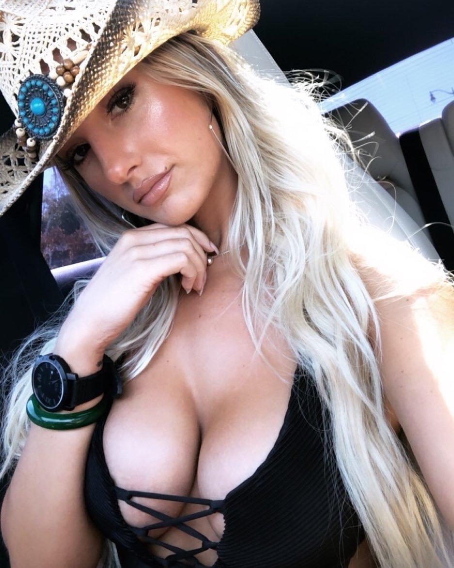 Emily Knight 8