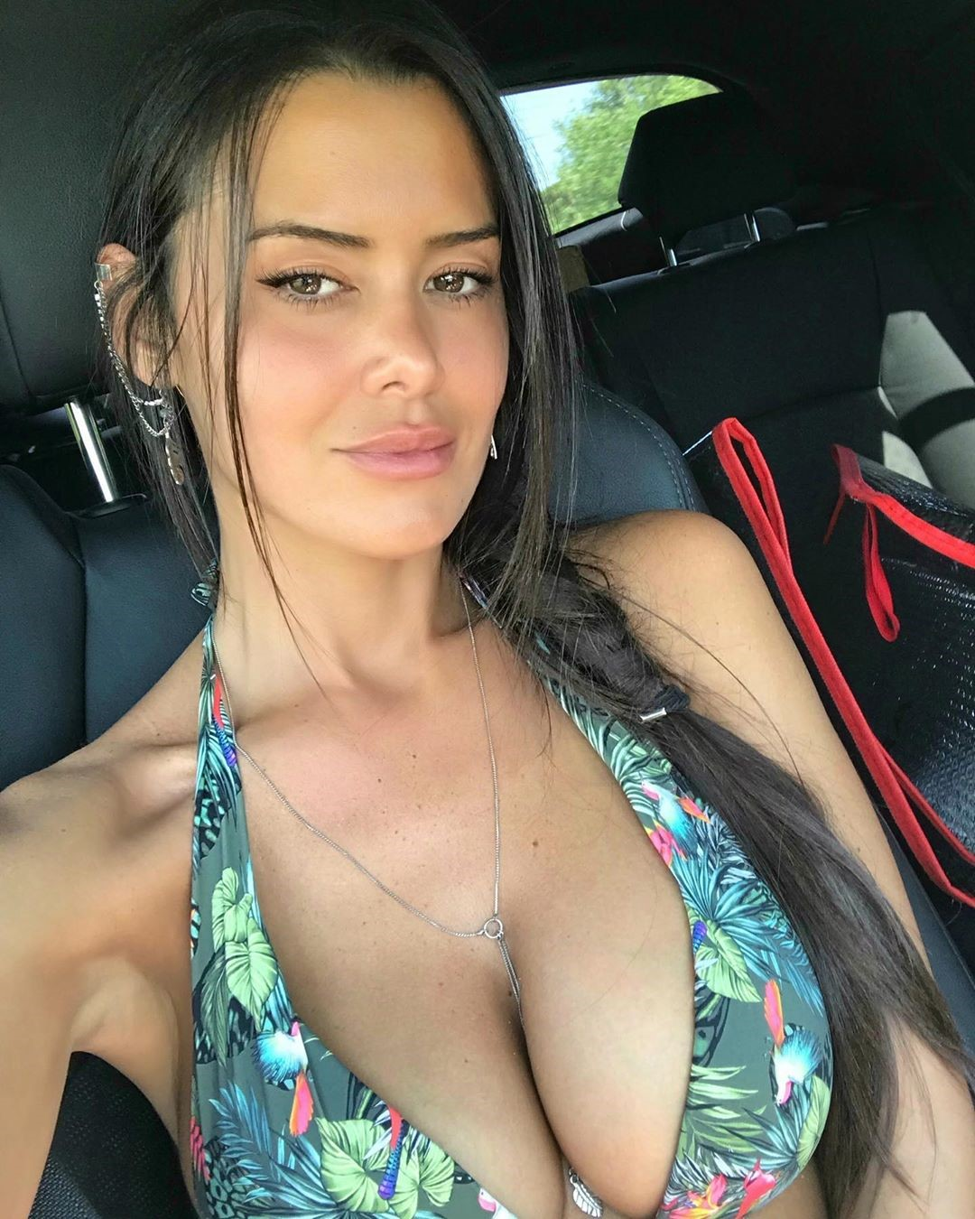Eva Padlock 19