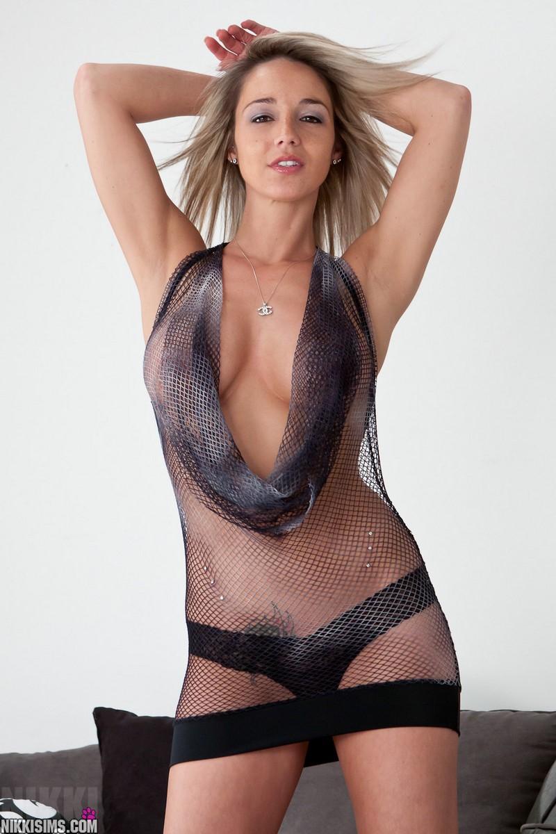 Nikki Sims 504