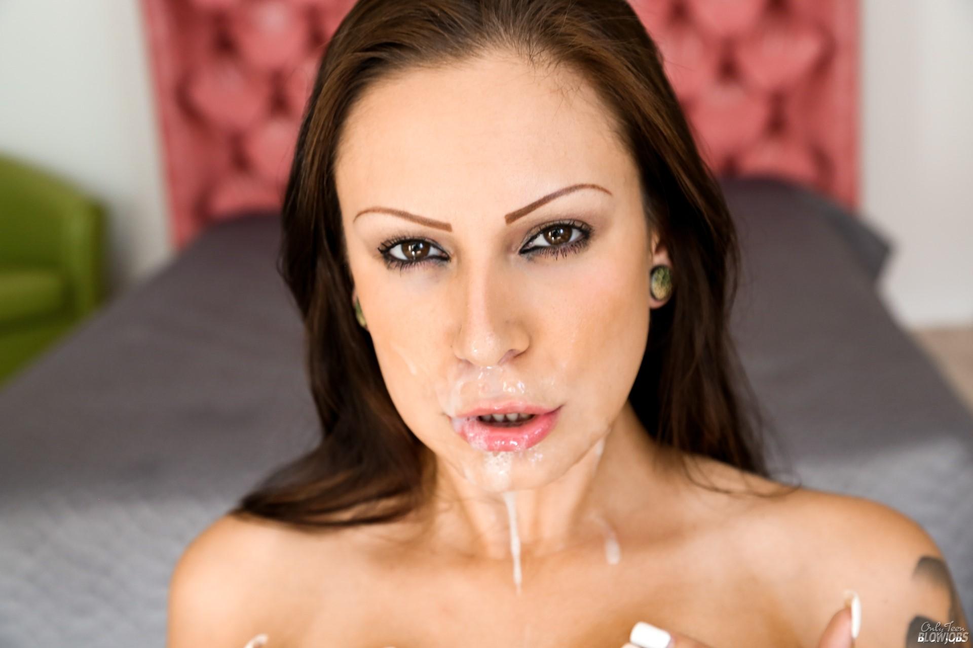 Tori Avano Nude