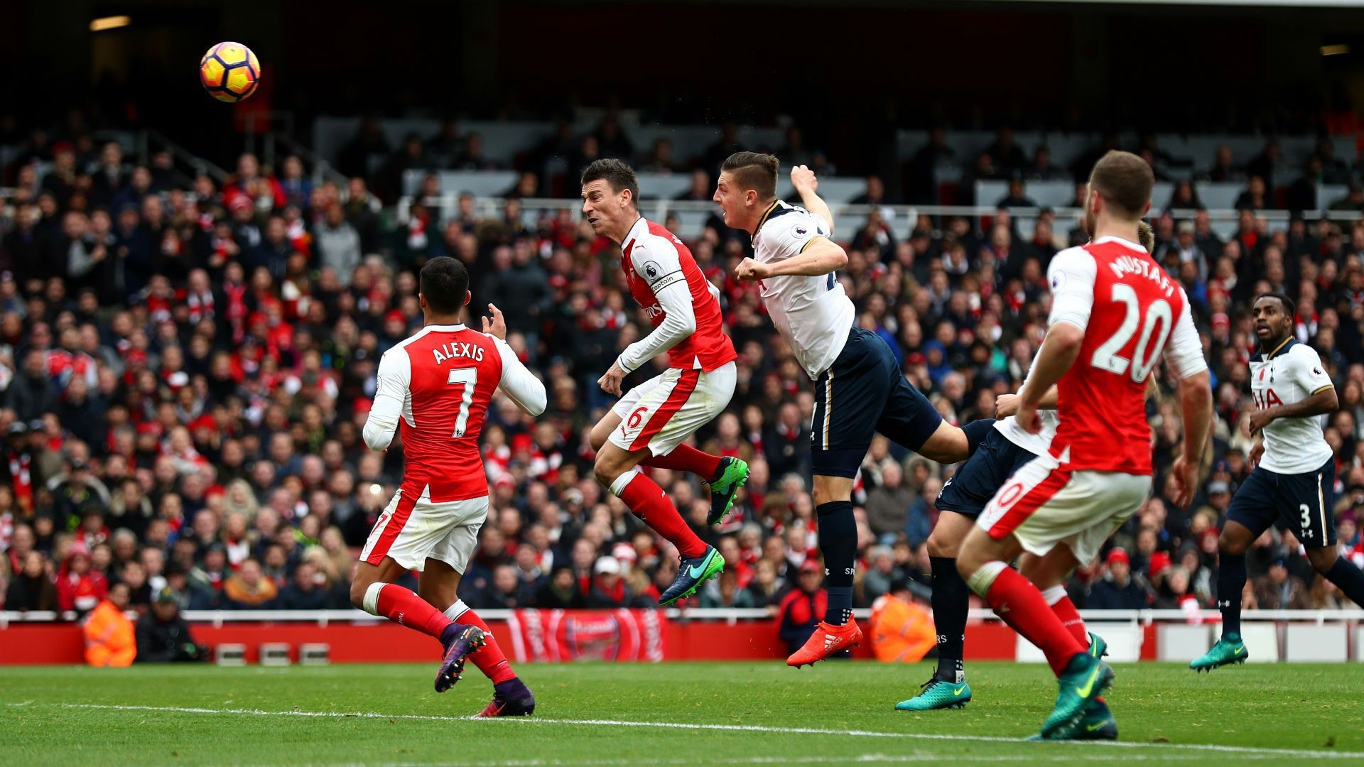 Arsenal Pictures