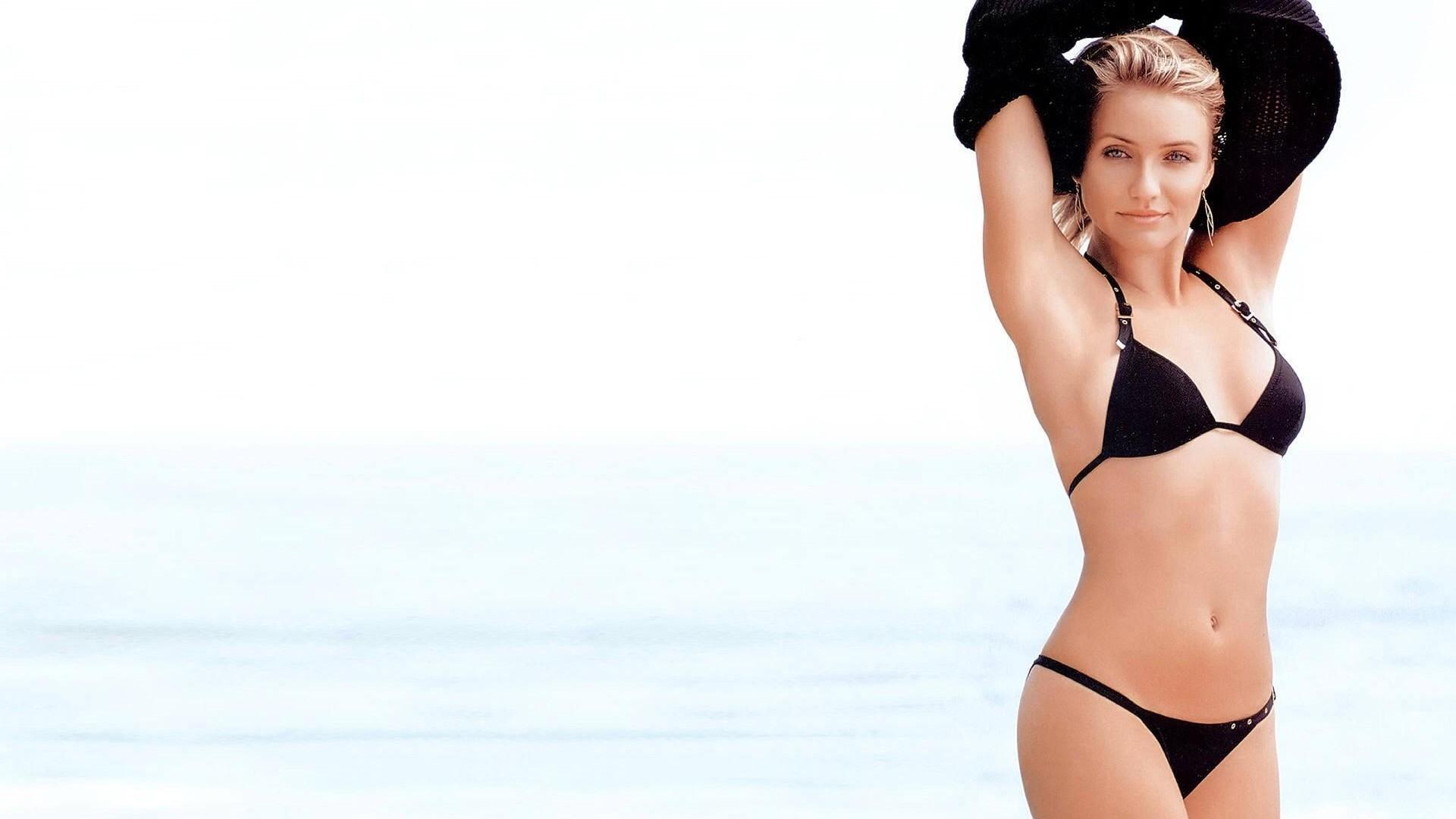 Cameron Diaz Bikini Wallpapers