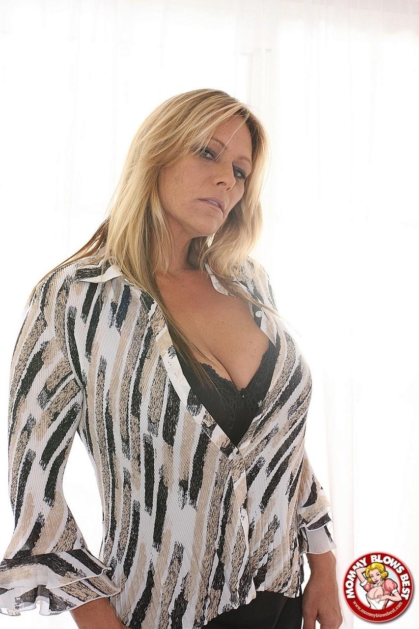Debi Diamond 14