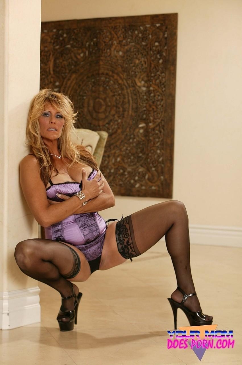 Debi Diamond 24