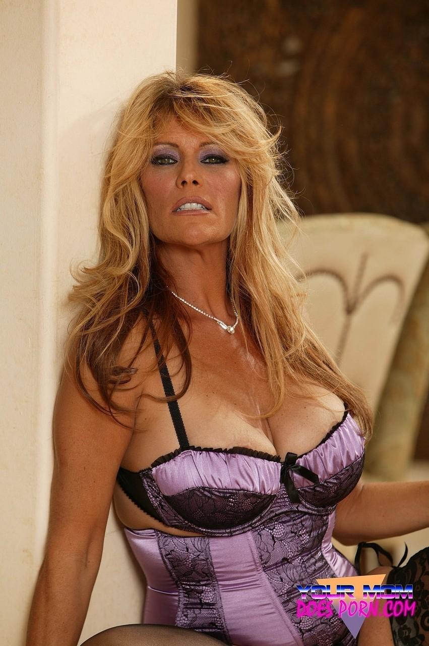 Debi Diamond 26