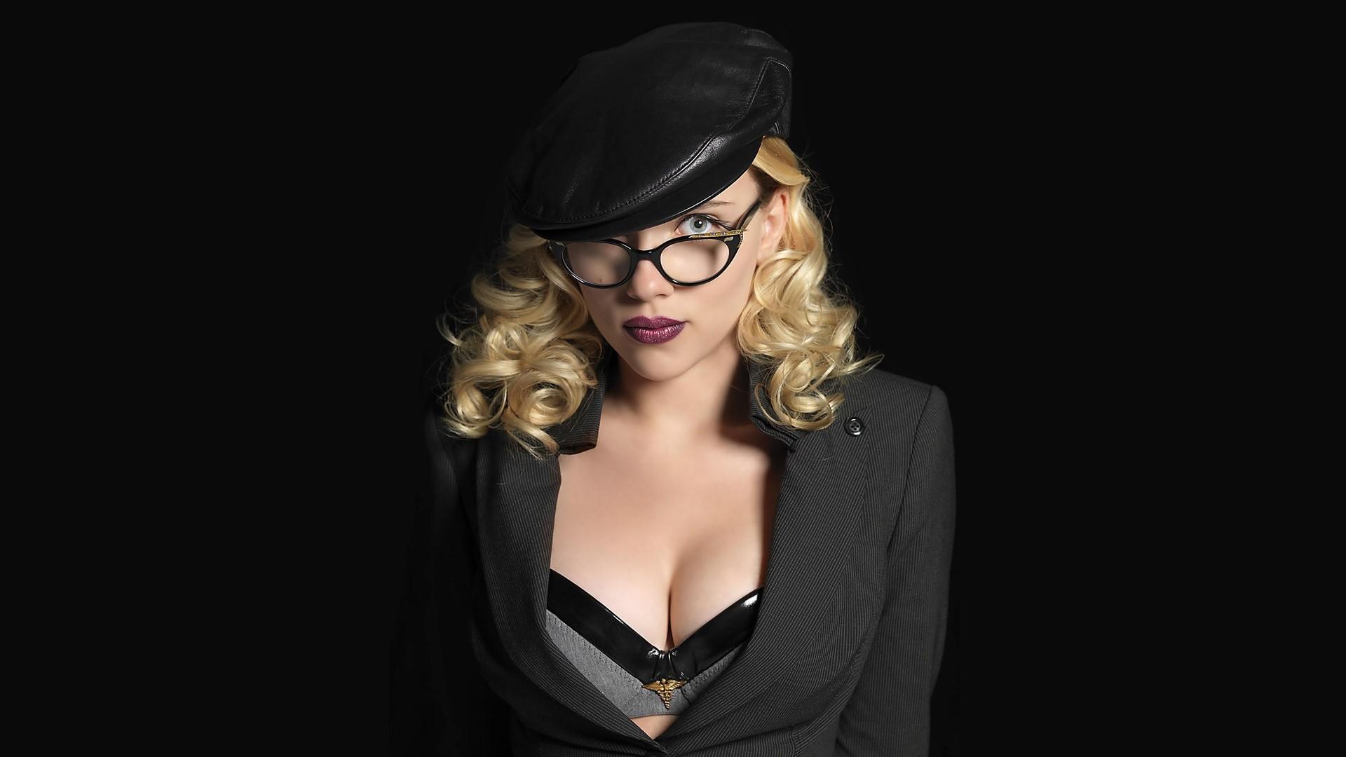 Scarlett Johansson Background images
