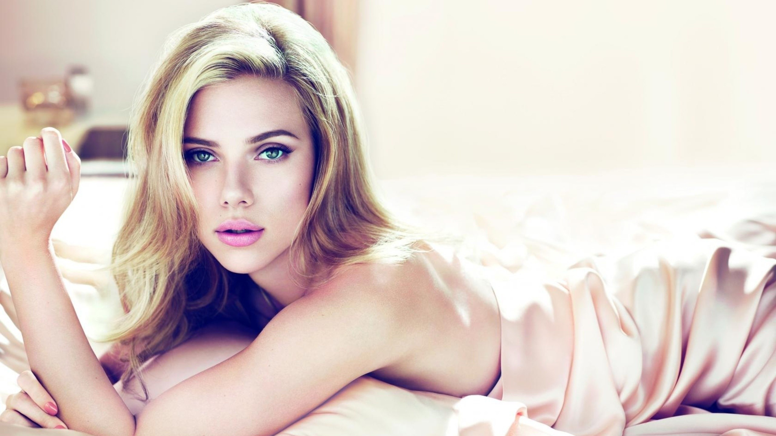 Scarlett Johansson Wallpapers 2