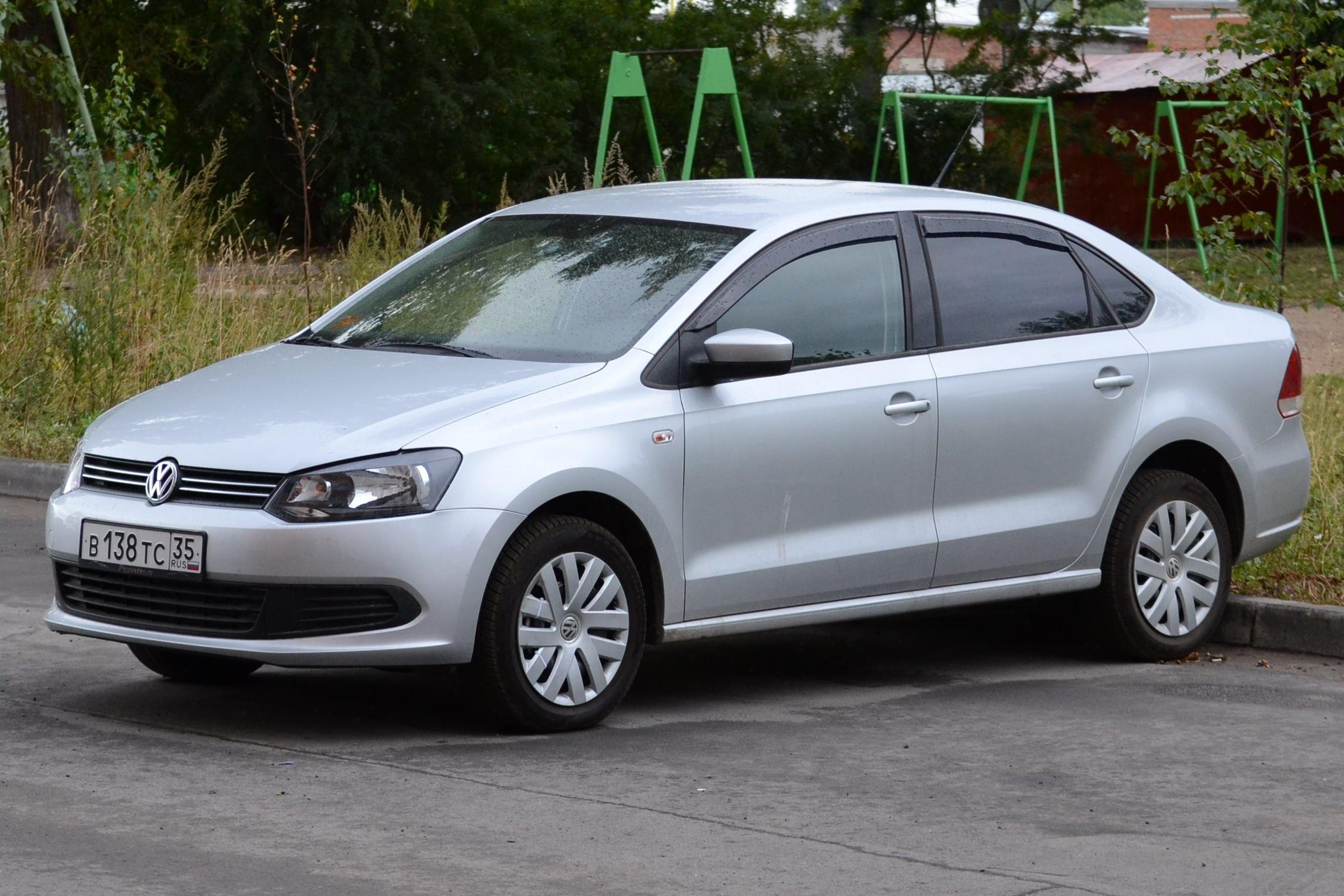 Volkswagen Polo Pics