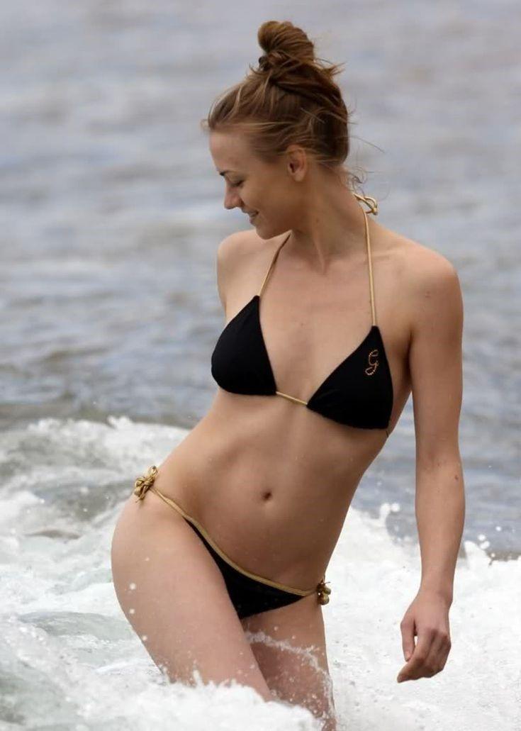 Yvonne Strahovski Black Bikini