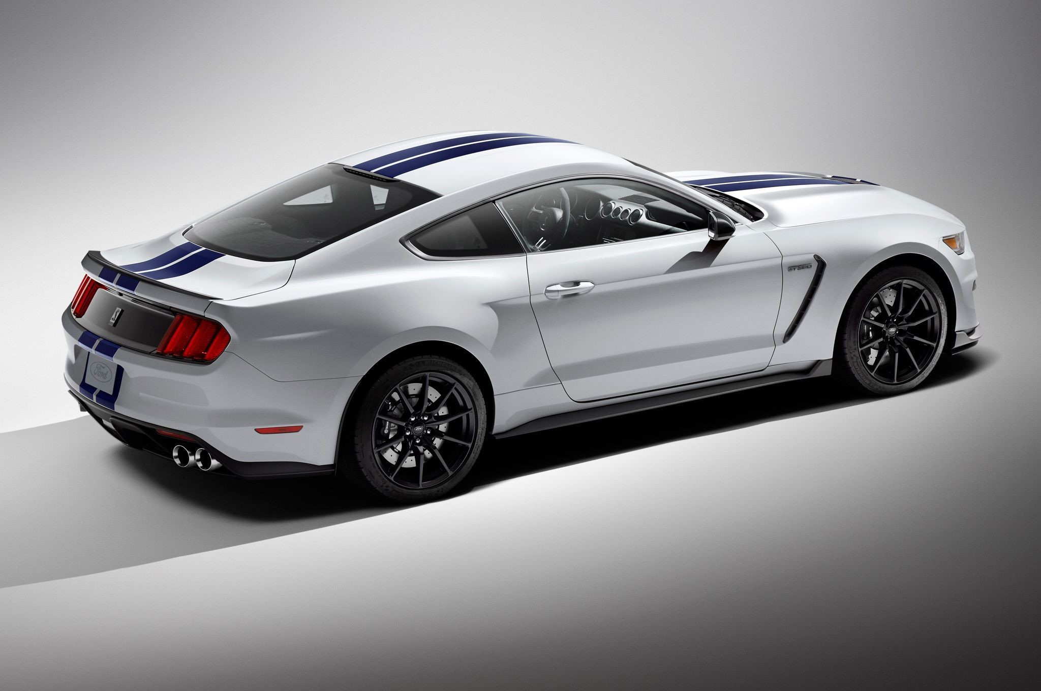 Ford Mustang Background image