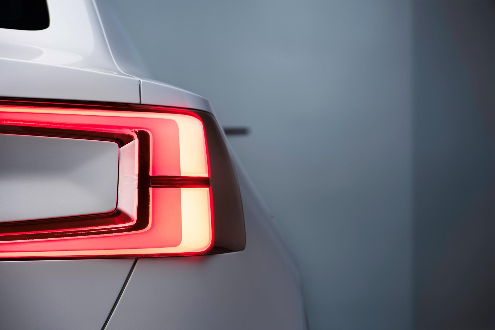 Volvo XC40 Pics