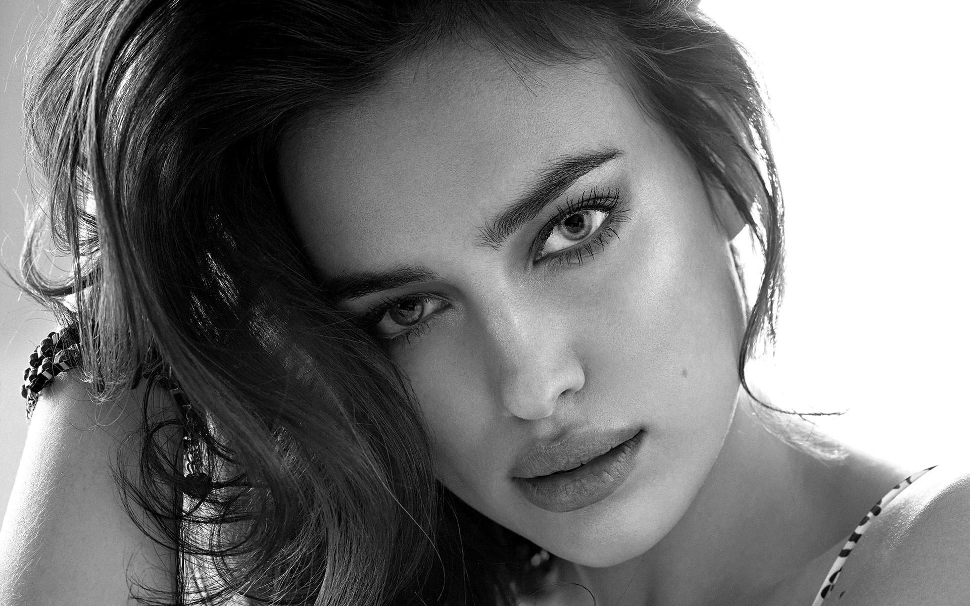 Irina Shayk Background images