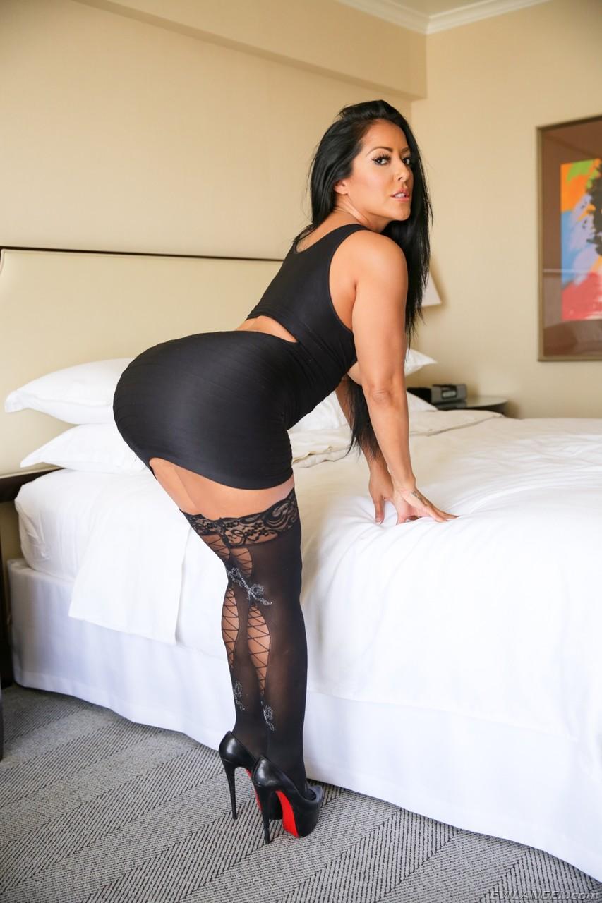 Kiara Mia 13