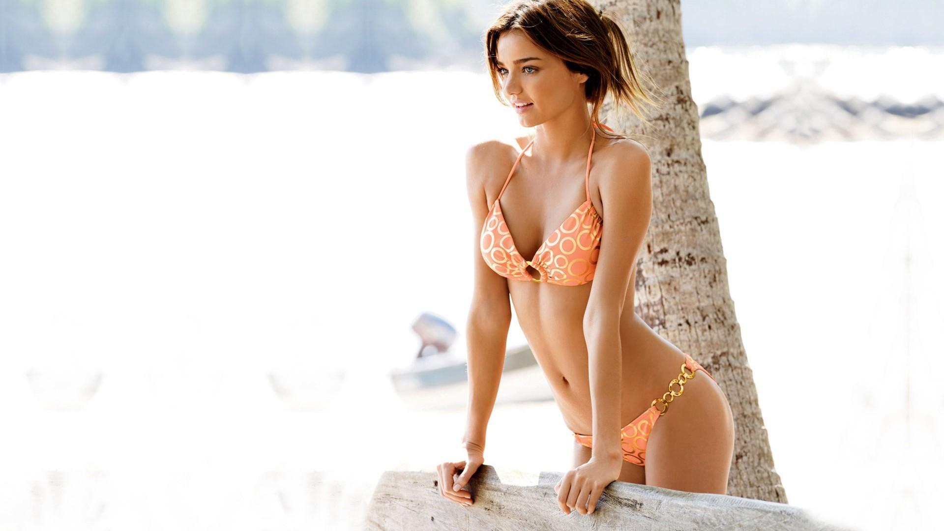 Miranda Kerr Orange Bikini