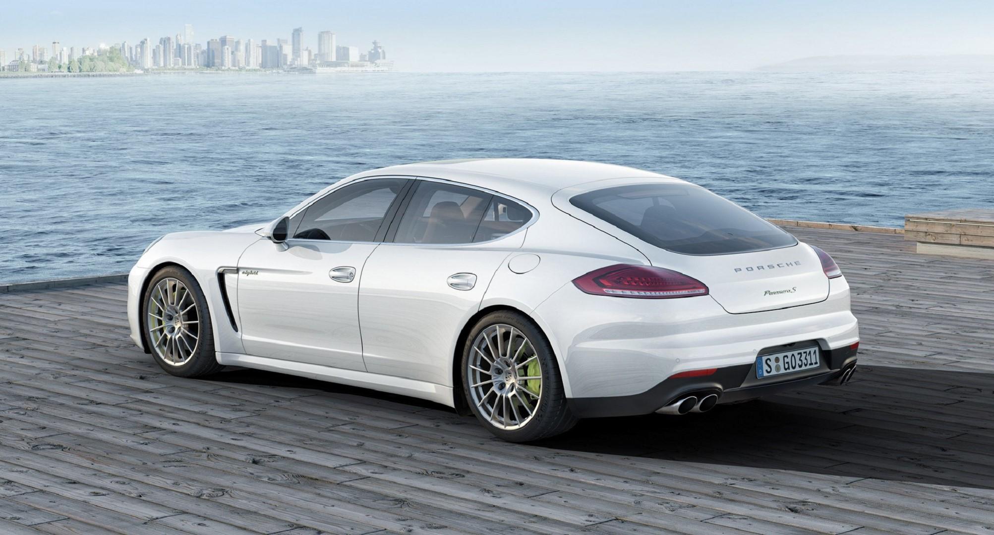 Pictures of Porsche Panamera
