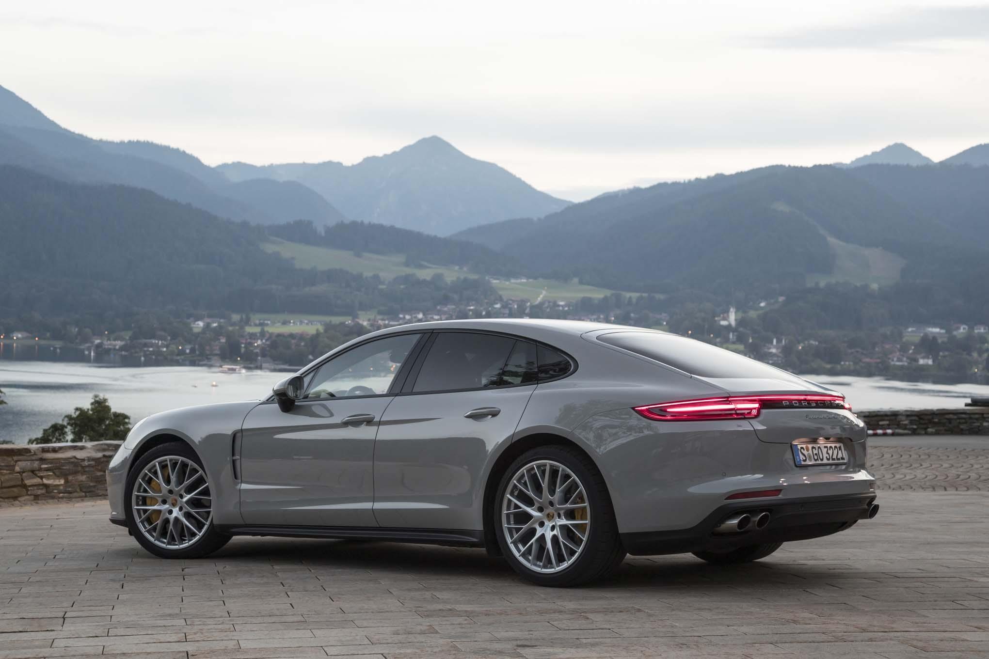Porsche Panamera Pics