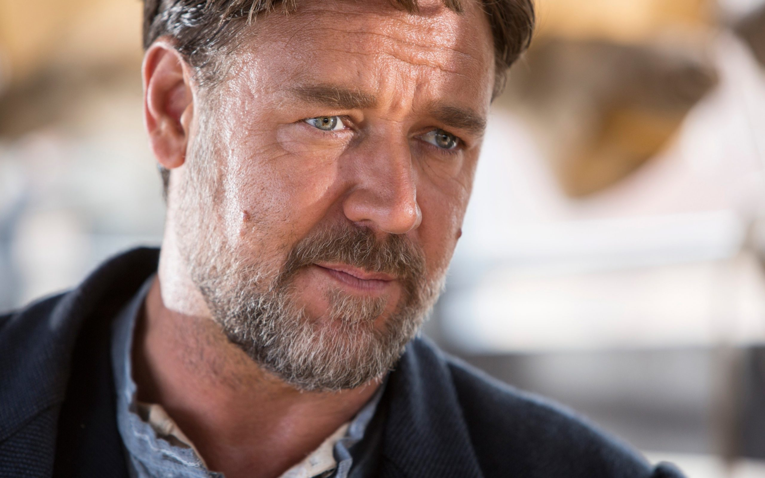 Russell Crowe Laptop Wallpapers