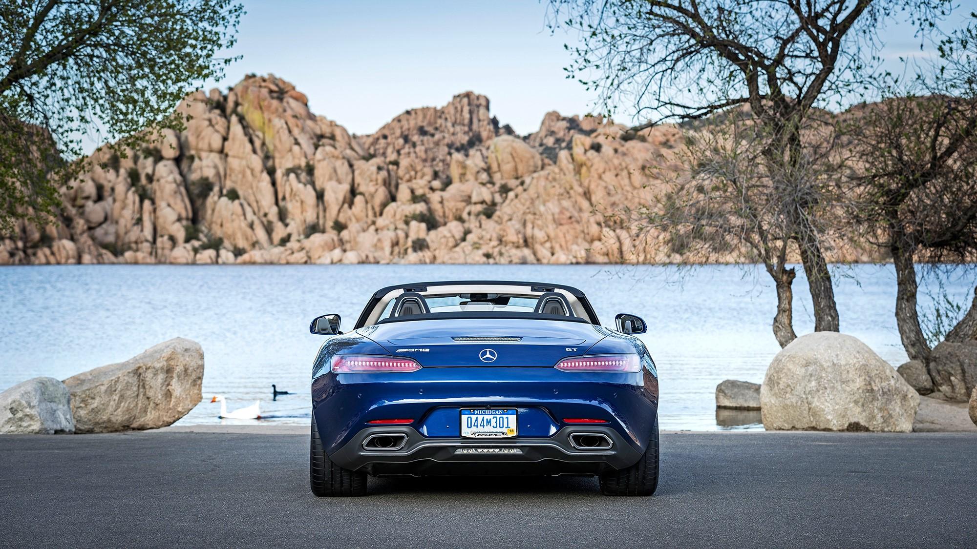 Mercedes AMG GT C Roadster Background