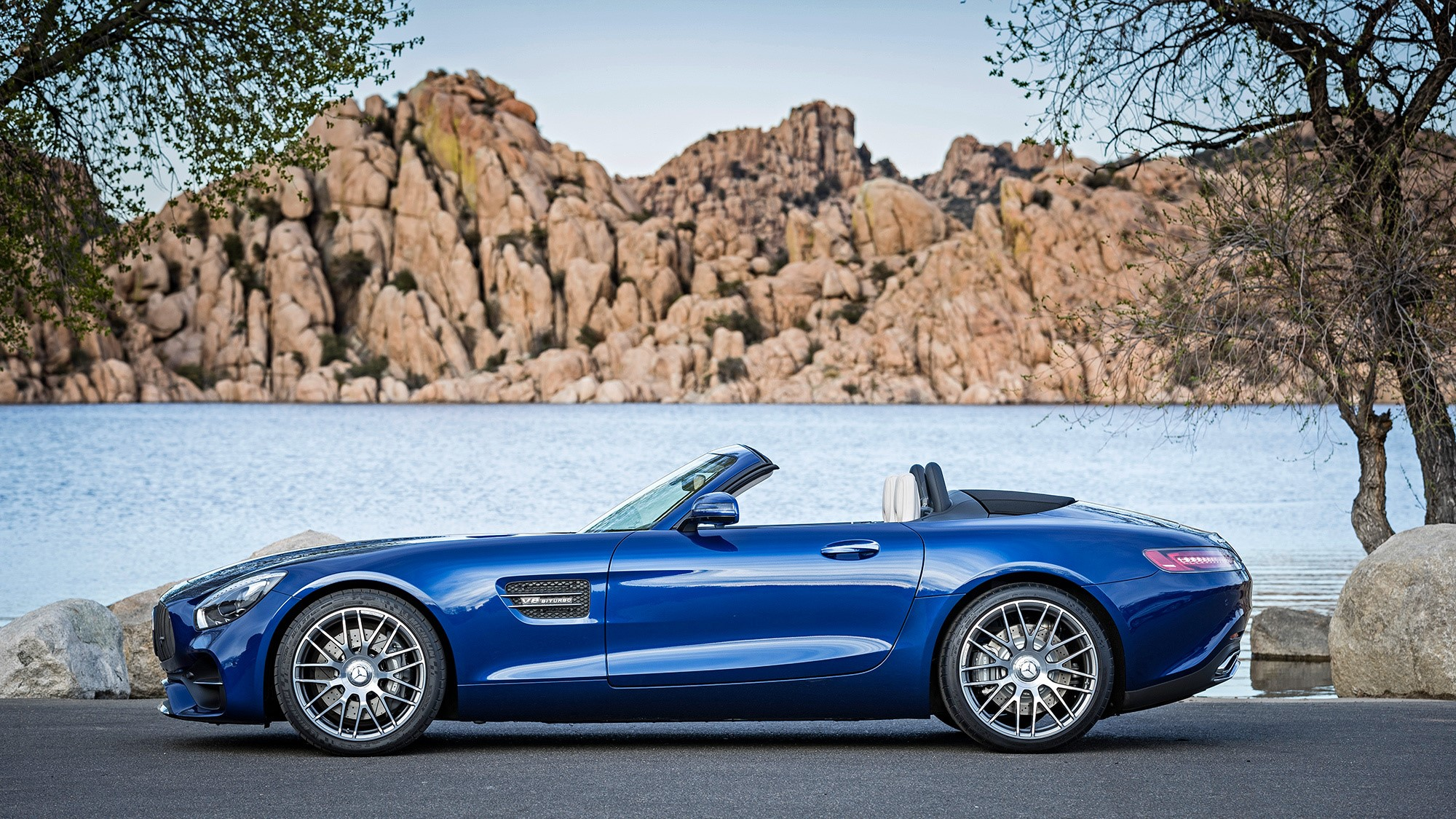 Mercedes AMG GT C Roadster Pictures
