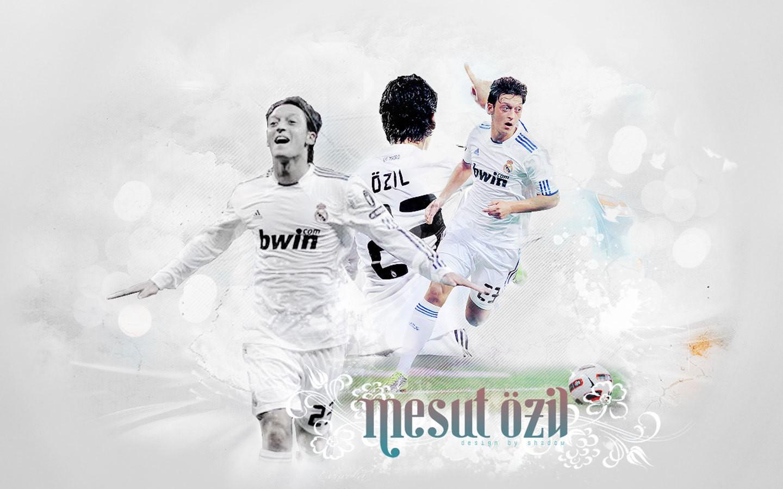 Mesut Ozil Background