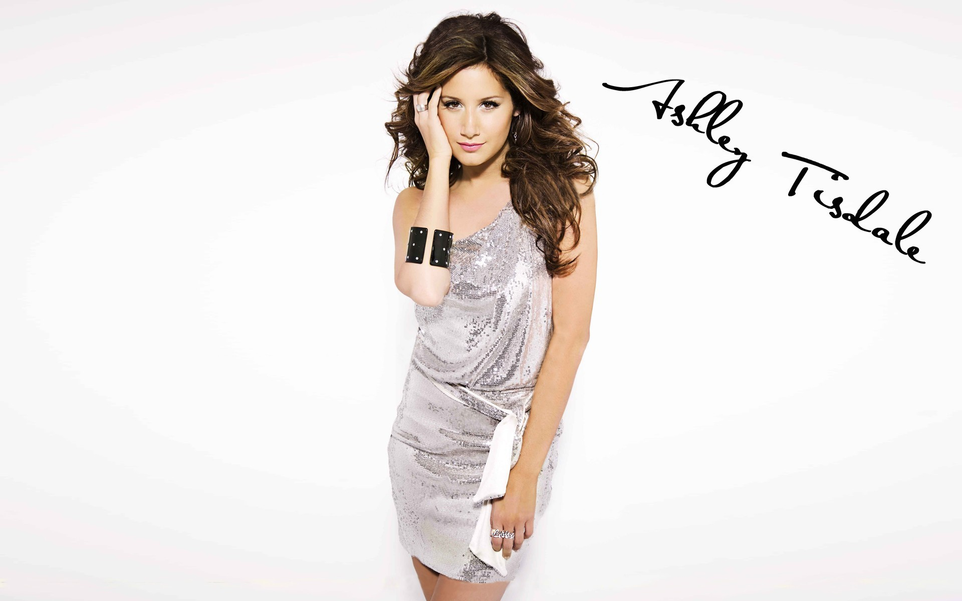 Pictures of Ashley Tisdale