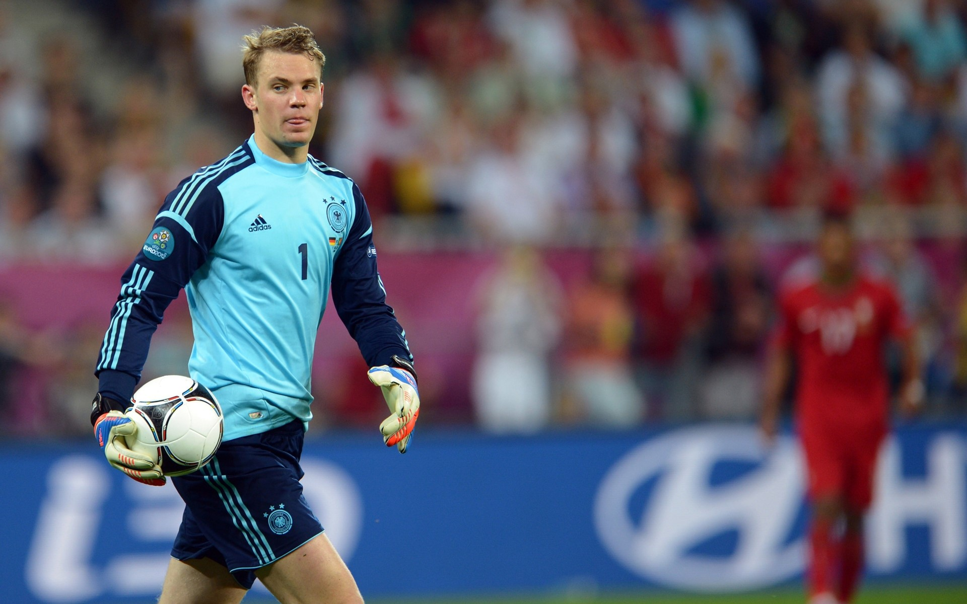 Pictures of Manuel Neuer