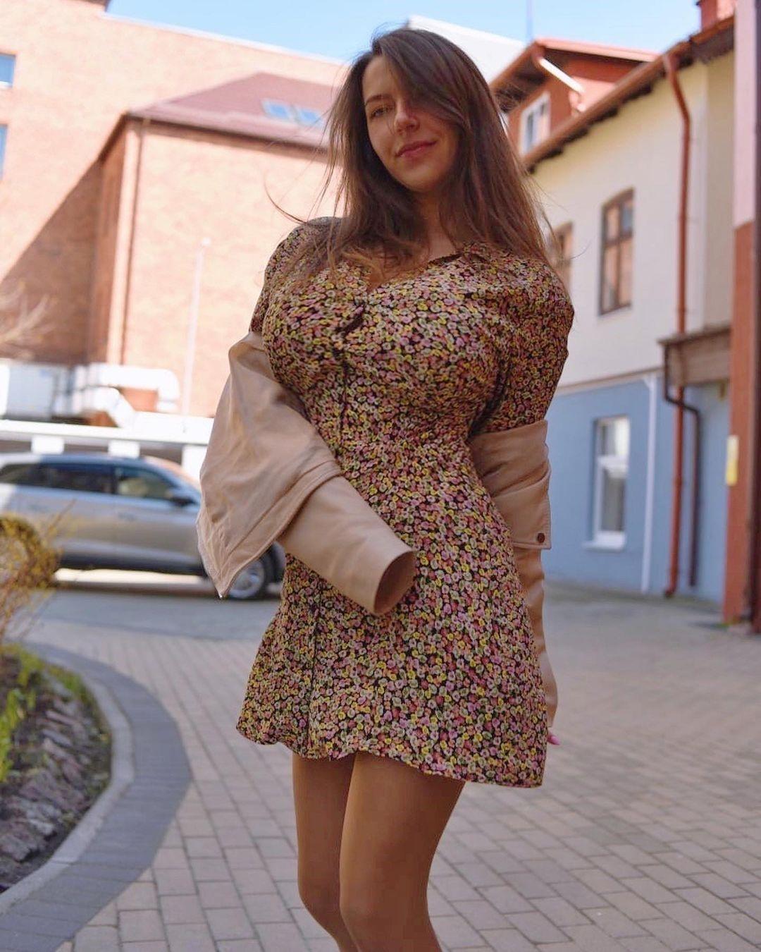 Anna Kochanius images
