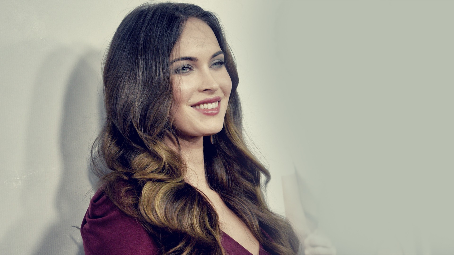 Megan Fox Background images