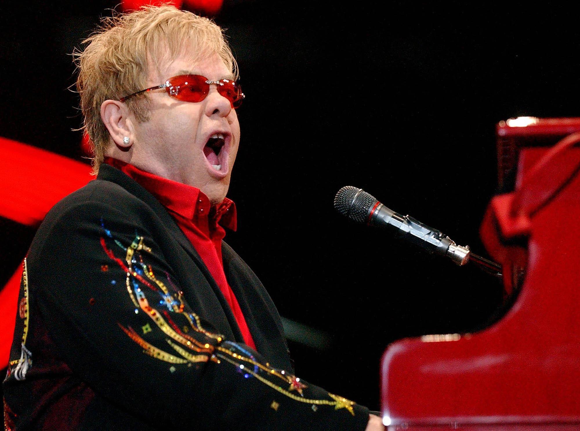 Elton John Pics